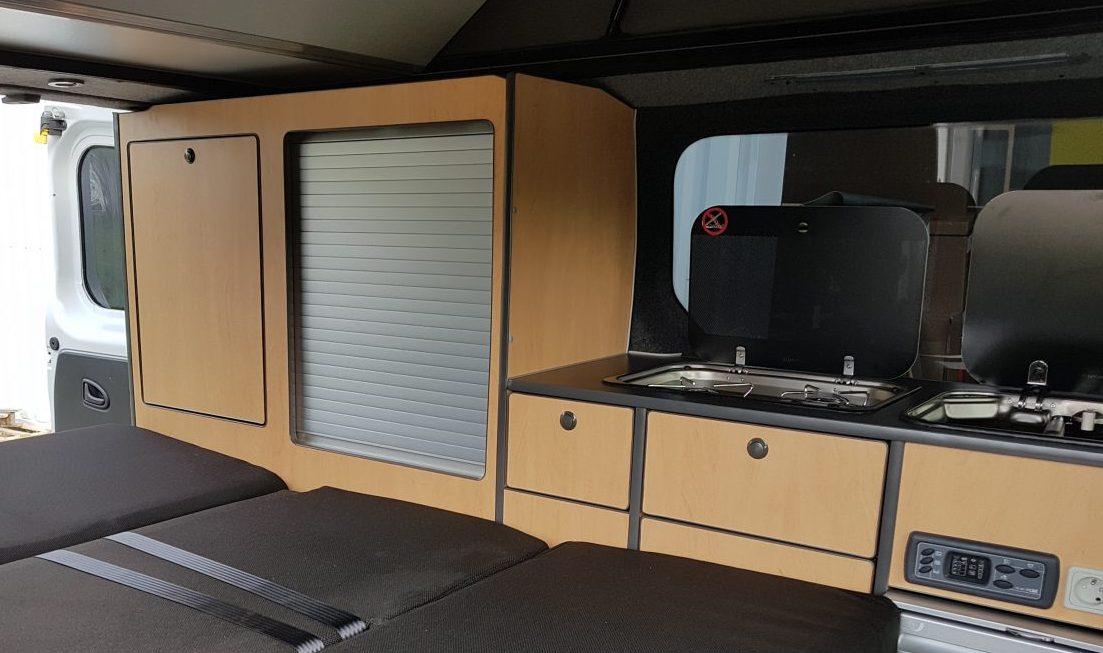kit 1 meuble trafic nu dans le morbihan en bretagne et grand ouest. Black Bedroom Furniture Sets. Home Design Ideas